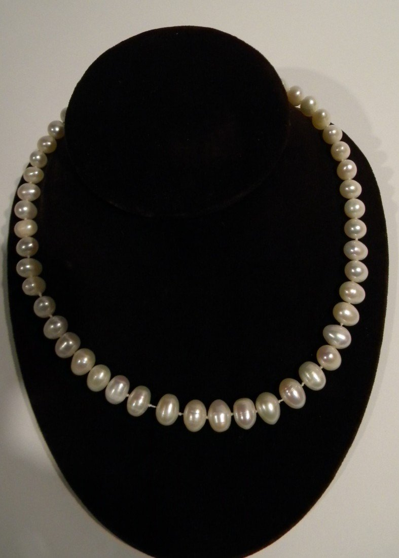 Iridescent White Cultured Pearl Necklace