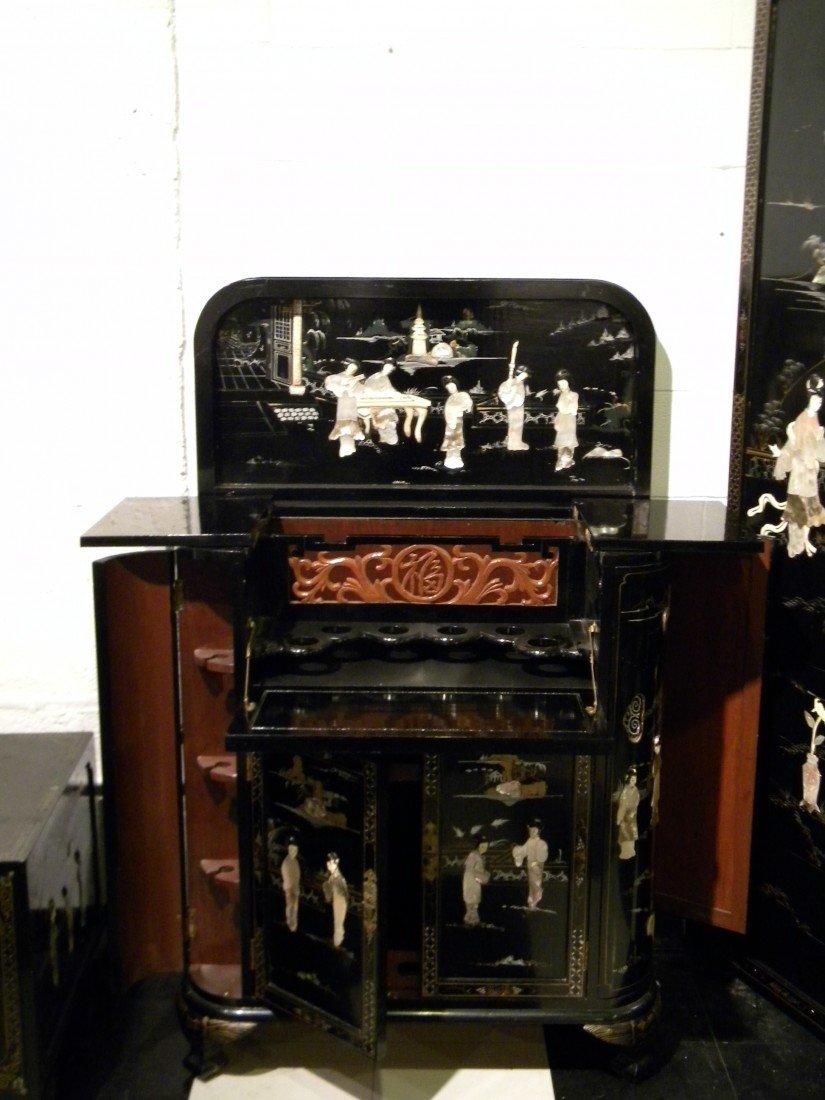 Lacquer Oriental Style Bar/Liquor Cabinet
