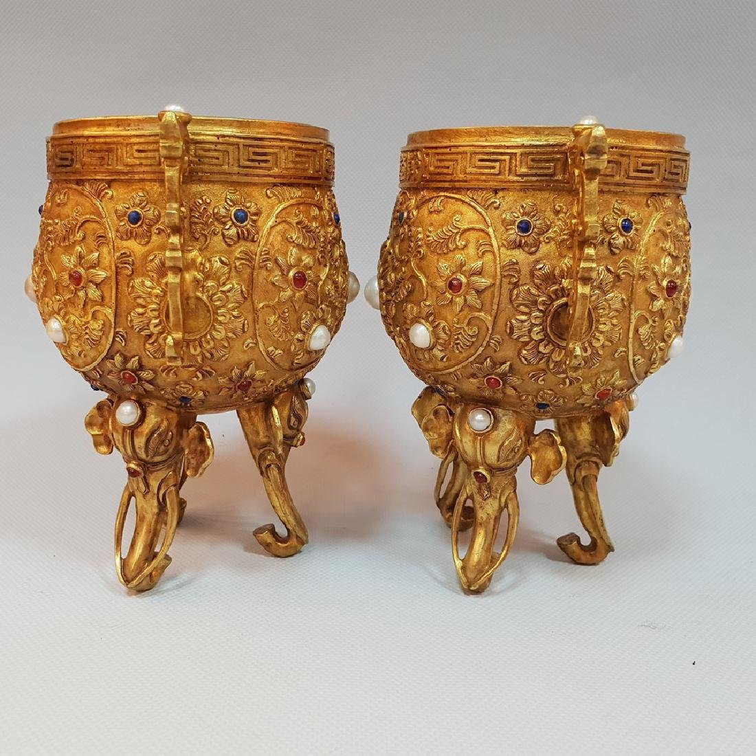 A PAIR OF GEM'S INLAID ELEPHANT CUPS ,MING DYNASTY - 3