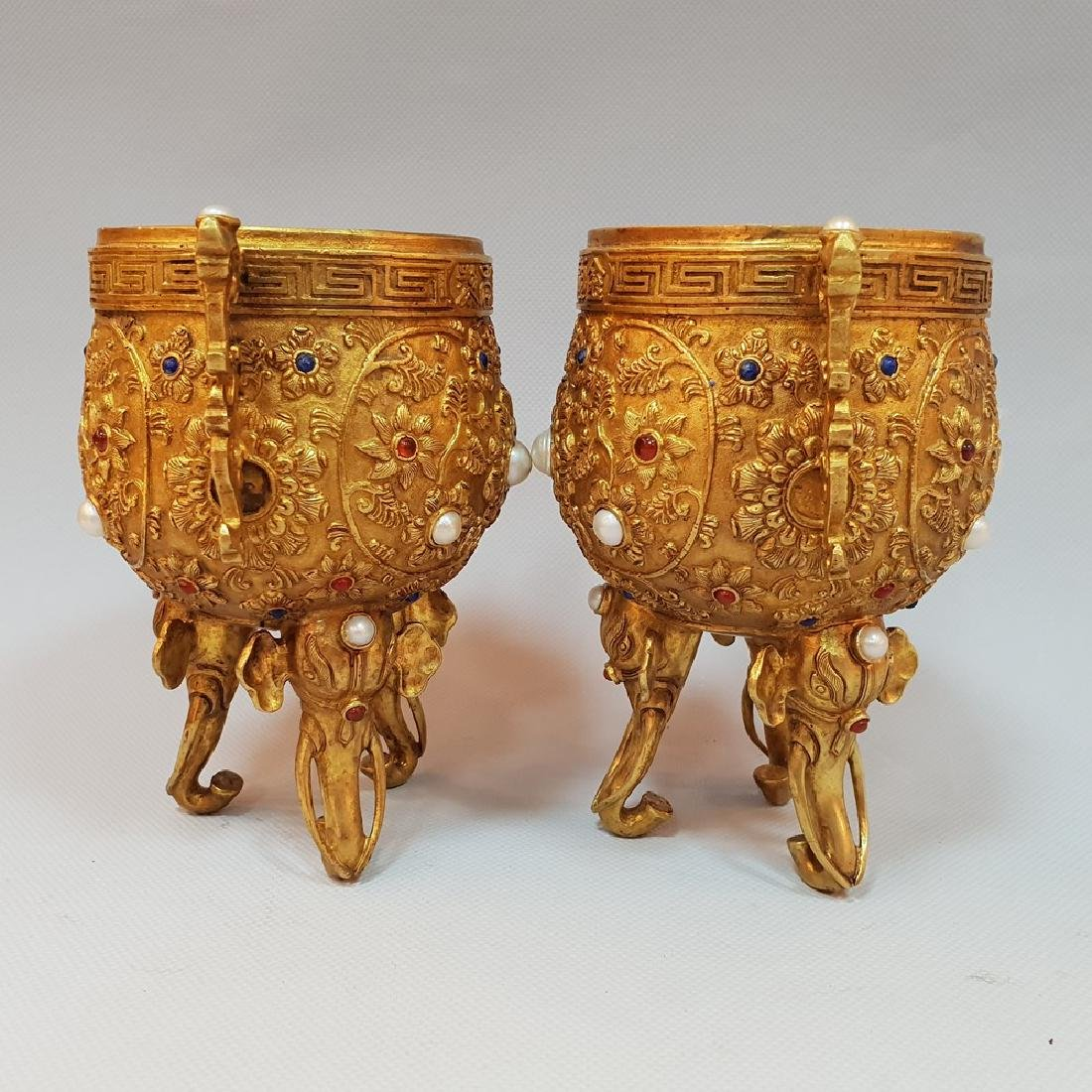 A PAIR OF GEM'S INLAID ELEPHANT CUPS ,MING DYNASTY - 4