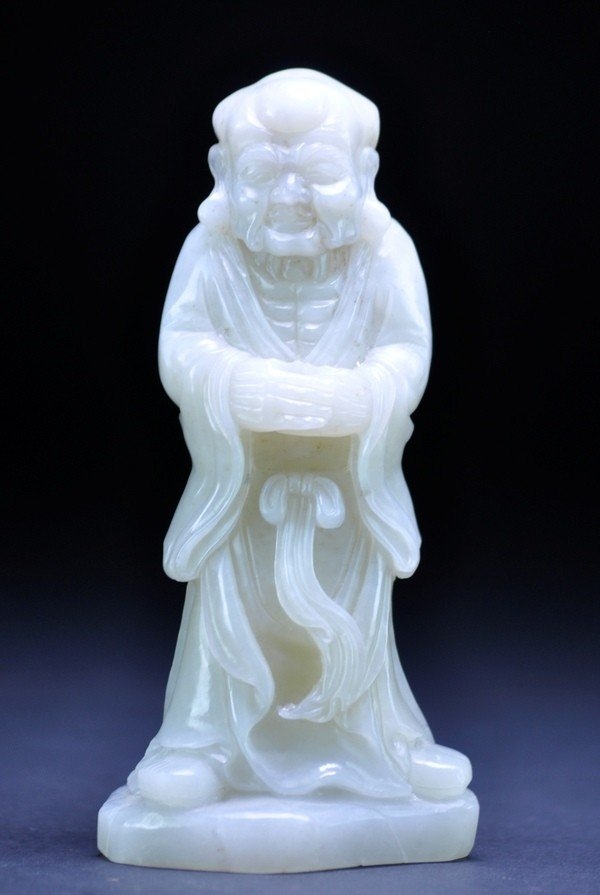 11: A WHITE JADE CARVING OF LUHAN.