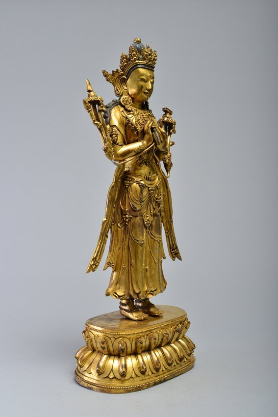 A GILT-BRONZE FIGURE OF AVALOKITESVARA - 3