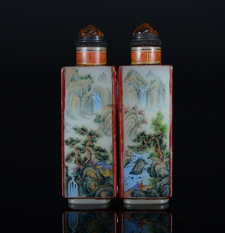 A PAINTED ENAMEL GLASS SNUFF BOTTLE - 2