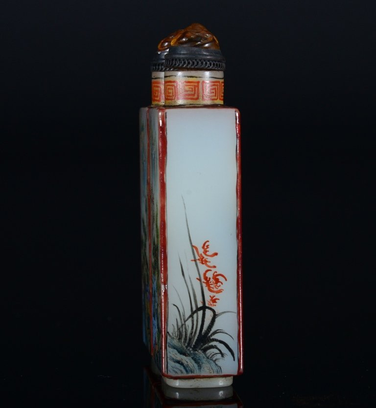 A PAINTED ENAMEL GLASS SNUFF BOTTLE - 4