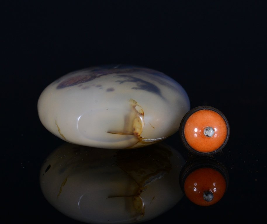 A PAINTED AGATE SNUFF BOTTLE - 6
