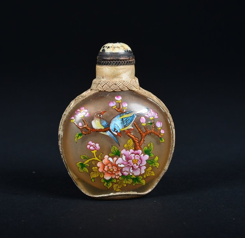 A GLASS-MOUNTED ENAMELLED SILVER SNUFF BOTTLE - 2
