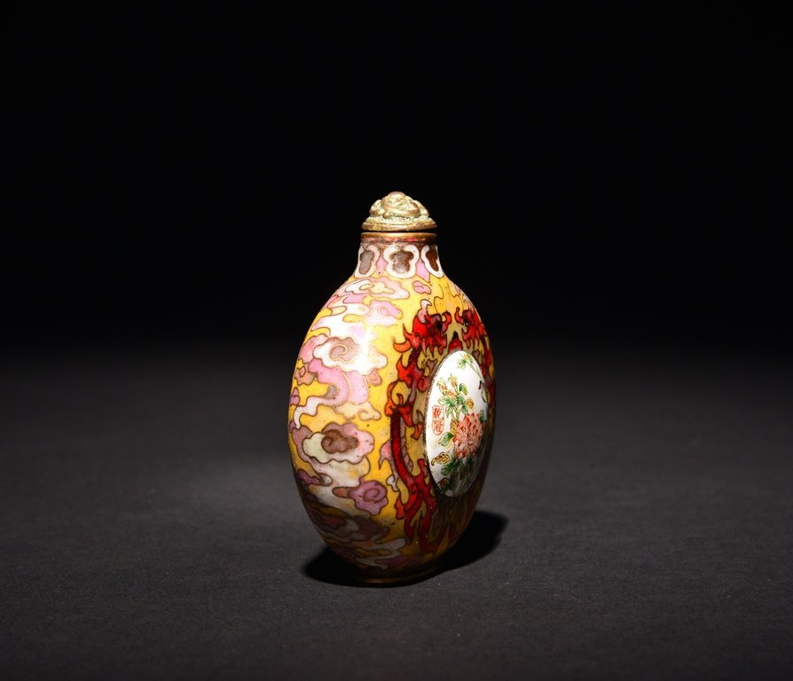 A CLOISONNE- ENAMEL GILT-BRONZE SNUFF BOTTLE - 3