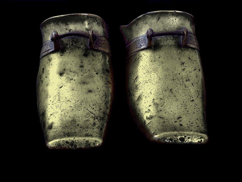 CJINESE BRASS STIRRUPS, 18th CEN.