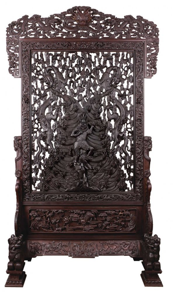 108: Chinese standing screen with dragon designs in ope