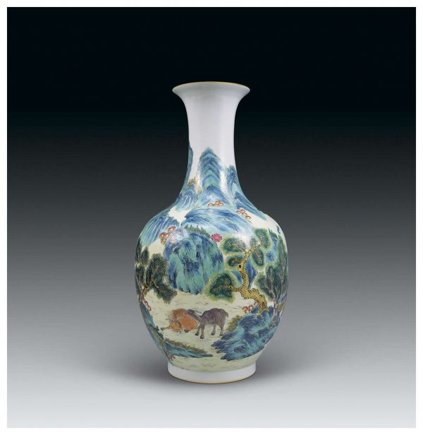 523: Chinese famille rose vase with landscape and figur
