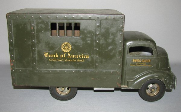 10: SMITH MILLER BANK OF AMERICA ARMORED CAR TRUCK