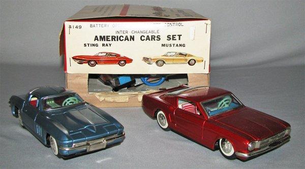 21: BOXED BANDAI AMERICAN CARS SET