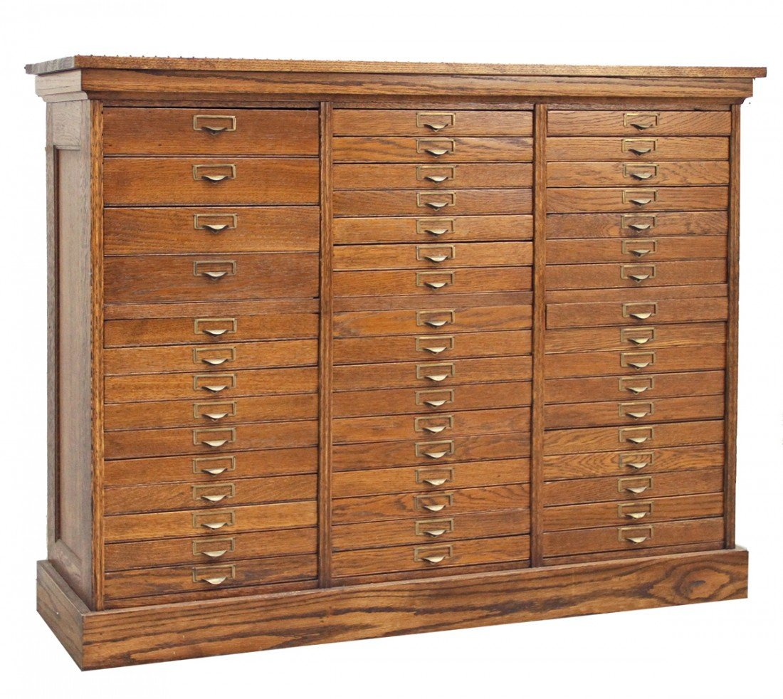 553: OAK SPECIMEN CABINET WITH 48 DRAWERS