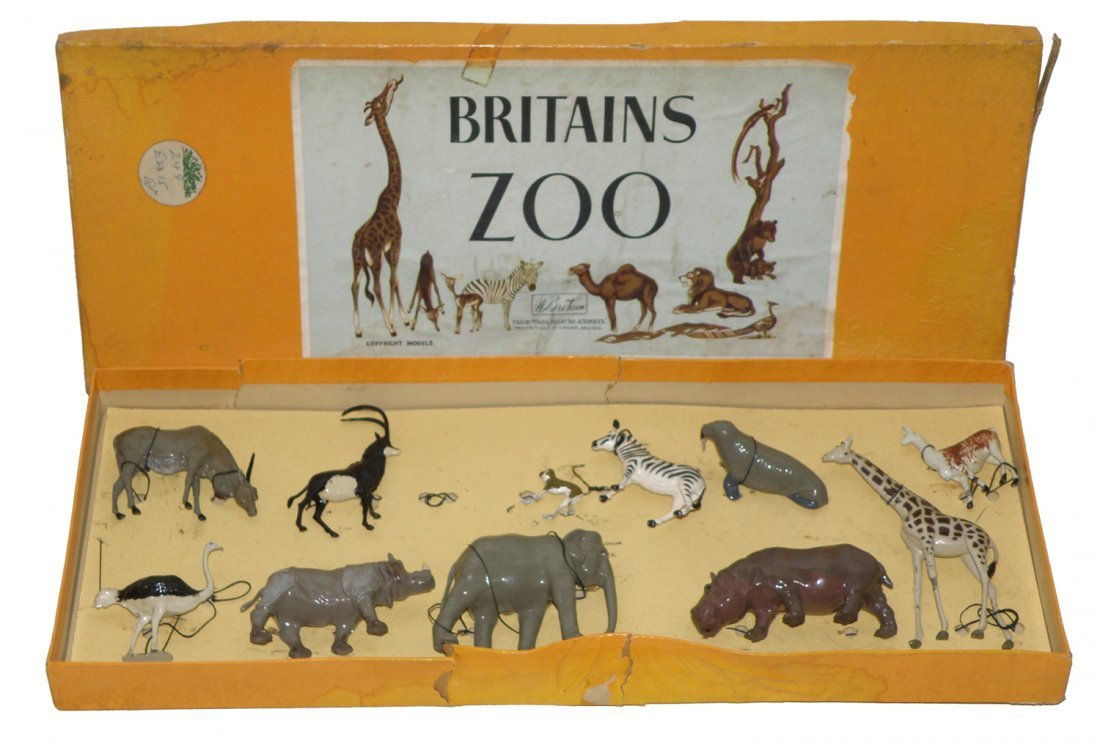237: BOXED BRITAINS ZOO