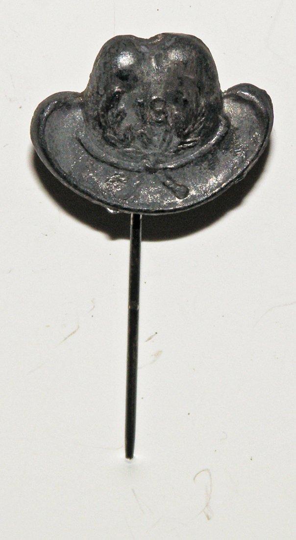 90: GAR LAPEL PIN