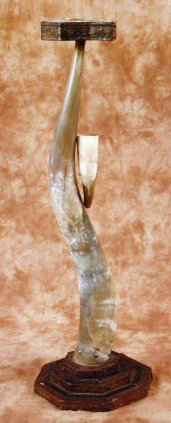 10: Horn Ashtray