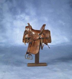 "2: Saddlemaker's Curio 7"" highDisplay Saddle"