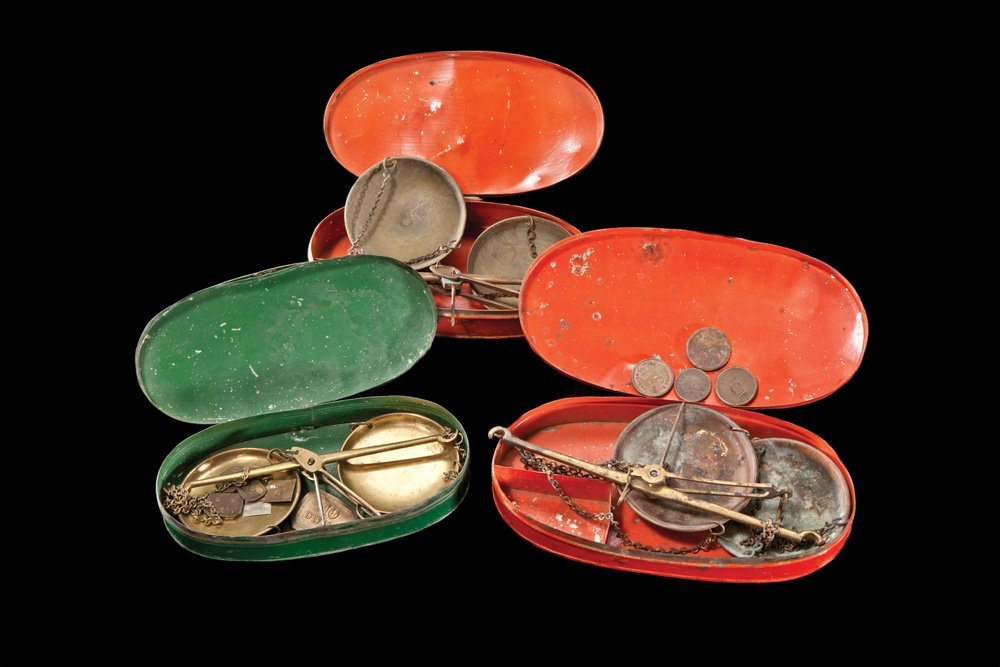 18: Lot of 3 Gold Miners' California Pocket Scales