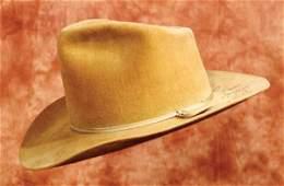 583: John Wayne Autographed Movie Hat