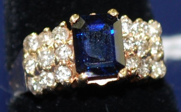 8: LADIES 14KT Y.G. SAPPHIRE AND DIAMOND RING