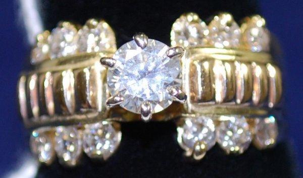 19: 14KT Y.G. DIAMOND ENGAGEMENT RING 1.00CT