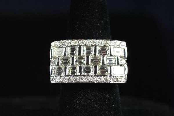 12: 18KT W.G. 5.00CT DIAMOND RING NEW