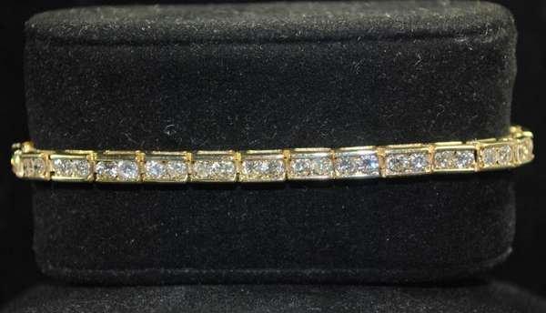 9: 14KT Y.G. 7.00CT DIAMOND BRACELET