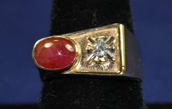 4: MENS 14KT RUBY AND DIAMOND RING