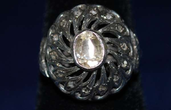 9: 14KT W.G. EDWARDIAN ROSECUT DIAMOND RING