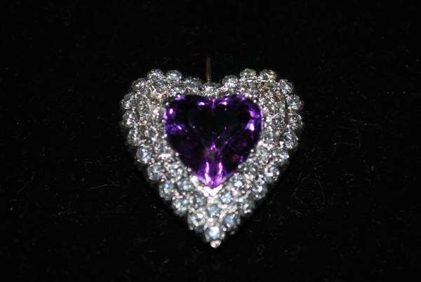 9: 14KT Y.G. 16.50CT AMETHYST AND DIAMOND PENDANT