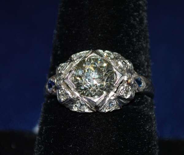 13: PLATINUM ART DECO 2.00CT DIAMOND RING