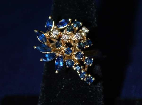 103: 14KT Y.G. ESTATE SAPPHIRE AND DIAMOND RING 2.25CT