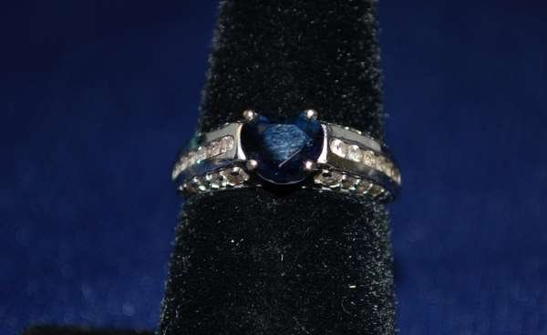 109: 14KT W.G. SAPPHIRE AND DIAMOND RING 2.00CT