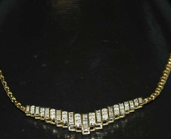 4: 14KT Y.G. 3.00CT DIAMOND NECKLACE