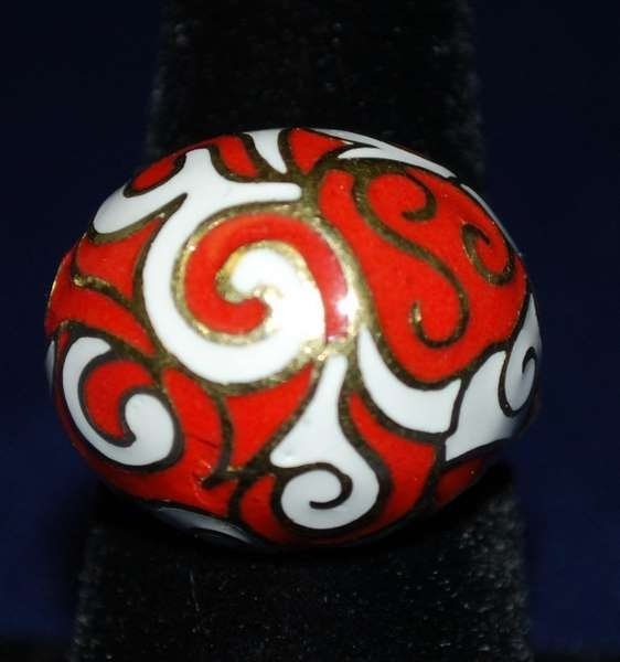 6: 18KT Y.G. SIGNED ENAMEL RING BY E.PEARL