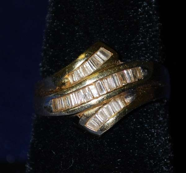20: 14KT Y.G. DIAMOND BAND RING .75CT