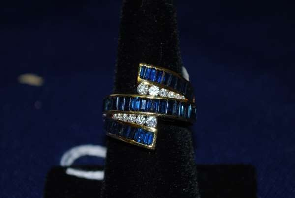 14: 18KT Y.G. SIGNED KRYPELL SAPPHIRE AND DIAMOND RING