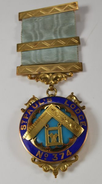 15: 18KT Y.G. MASONIC ST.PAUL LODGE MEDAL