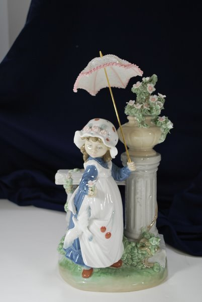 24: LLADRO GLORIOUS SPRING