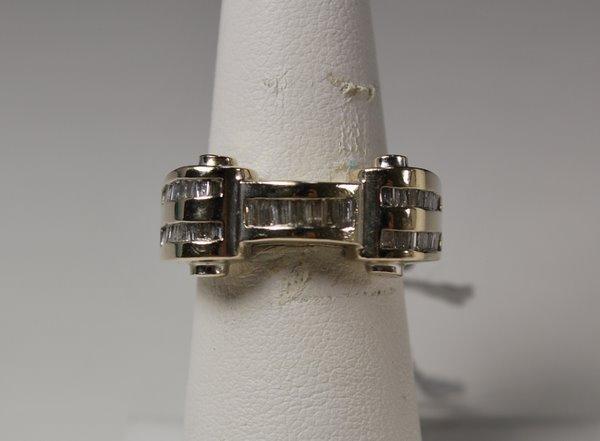 22: 14KT W.G. 1.00CT DIAMOND RING