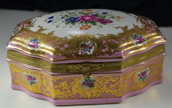 21: LATE 19th CENTURY SEVRES JEWELERY BOX