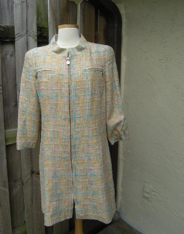 16: BEAUTIFUL CHANEL DRESS JACKET