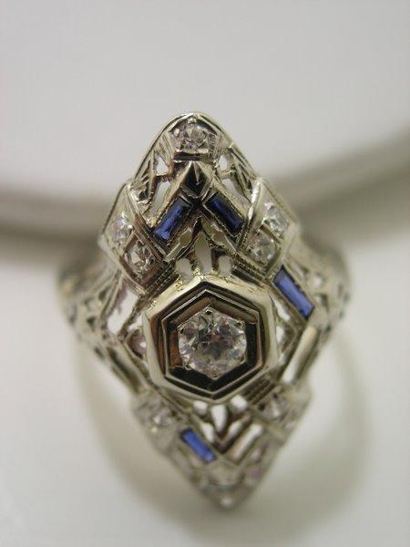 14: 14KT W.G. ART DECO DIAMOND RING