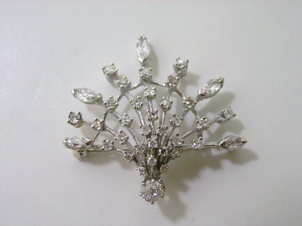 4: 14KT W.G. ART DECO DIAMOND PIN/PENDANT