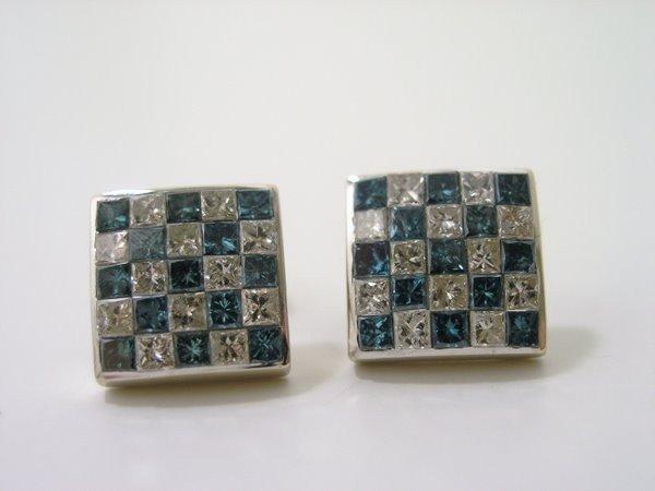 15: 14KT W.G. 1.75CT DIAMOND EARRINGS
