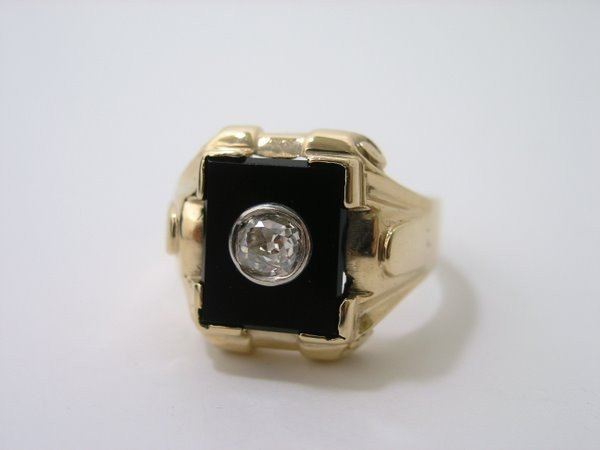 18: MENS 10KT ART DECO DIAMOND RING .40CT