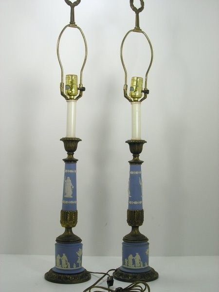 18: WEDGEWOOD LAMPS