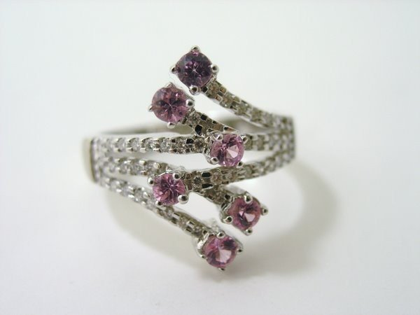 18: 14KT W.G. SAPPHRE AND DIAMOND RING 1.00CT