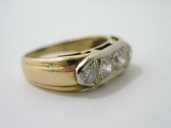 20: MENS 14KT Y.G. ESTATE DIAMOND RING .50CT