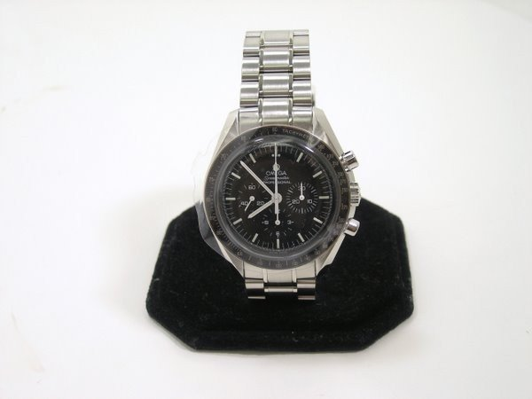 "17: NEW OMEGA S/S ""MAN ON THE MOON"""